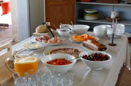breakfast tuscan villa (4)